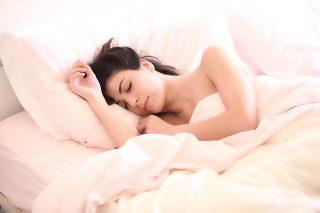 Schonende Reinigung für Daunenbetten und Kopfkissen