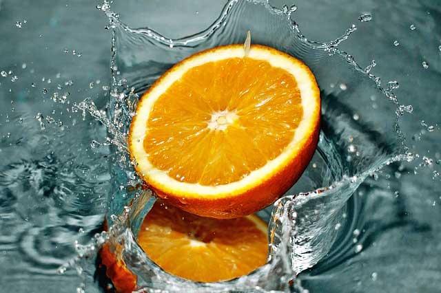 Orange Wasser