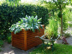 Hochbeet, natürliche Gartenpflege